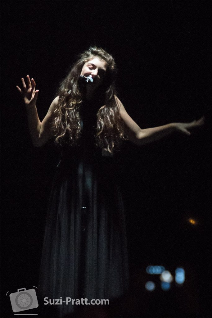 Lorde live concert photography