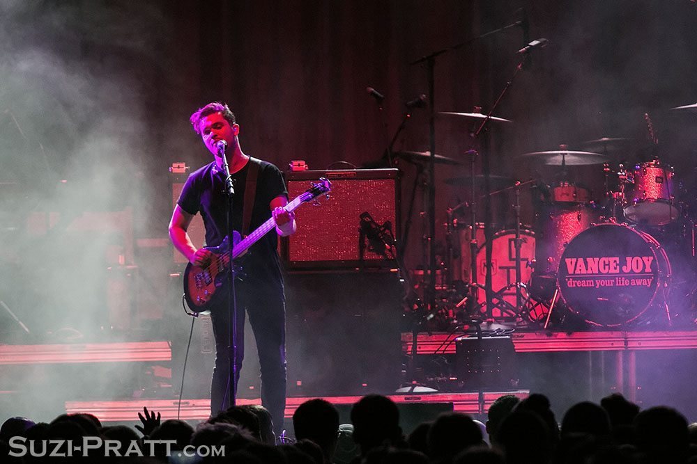 Royal Blood @ KNDD 107.7 The End's Deck the Hall Ball 2014
