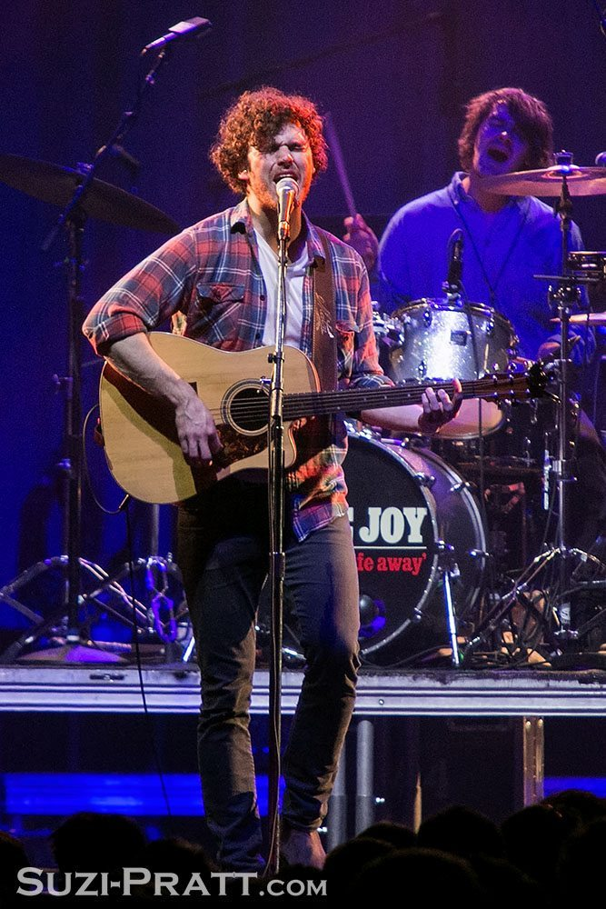 Vance Joy @ KNDD 107.7 The End's Deck the Hall Ball 2014