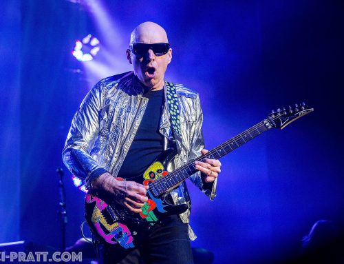 Photos: Joe Satriani